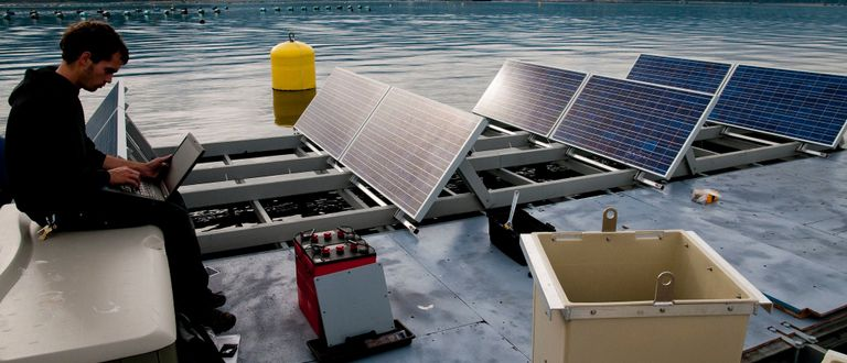 Floating solar: emerging technology doubling installed power per year