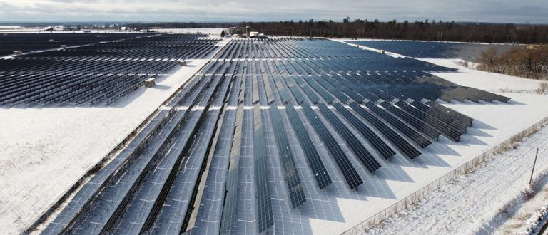 The bright side of cold weather: solar panels efficiency